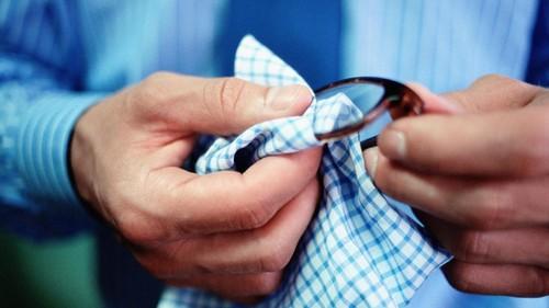 clean-glasses_bd6f2377aa808ed3.jpg