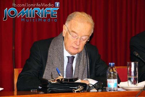 Jorge Sampaio, antigo Presidente da República de Portugal, como moderador na conferência Caminhos para a Socialidade em Coimbra