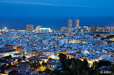 Santa_Cruz_de_Tenerife_256183.jpg