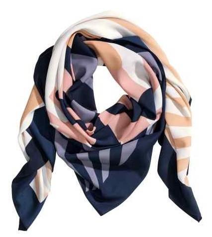 foulard à motif.jpg