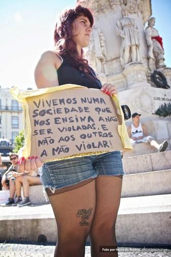Slutwalk Lisboa.jpg