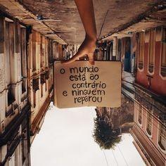 Mundo ao Contrario.jpg