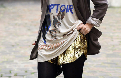 fashiolista-fashion-girl-gold-sequin-streetstyle-F