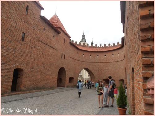 portas de Varsóvia, a barbacã