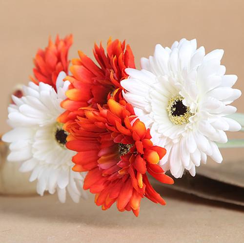 flores de plástico.jpg