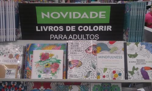 livros adultos.jpg
