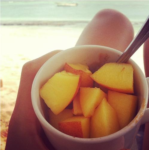 praia e fruta.png