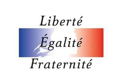 panneau-liberte-egalite-fraternite-copy.jpg