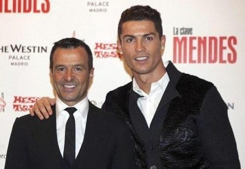 Jorge-Mendes-Cristiano-Ronaldo-580x6551-579x400-57
