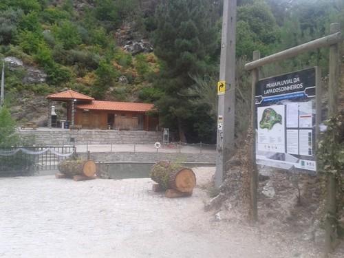 praia-fluvial-lapa-dos-dinheiros (31).jpg
