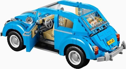 LEGO-creator-expert-VW-beetle-designboom-051-818x4