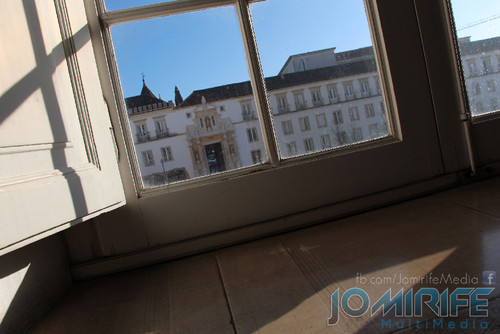 Janela para a Porta Férrea da Universidade de Coimbra