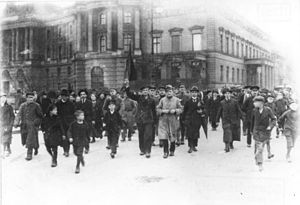Berlin,_Novemberrevolution in wikipedia.jpg