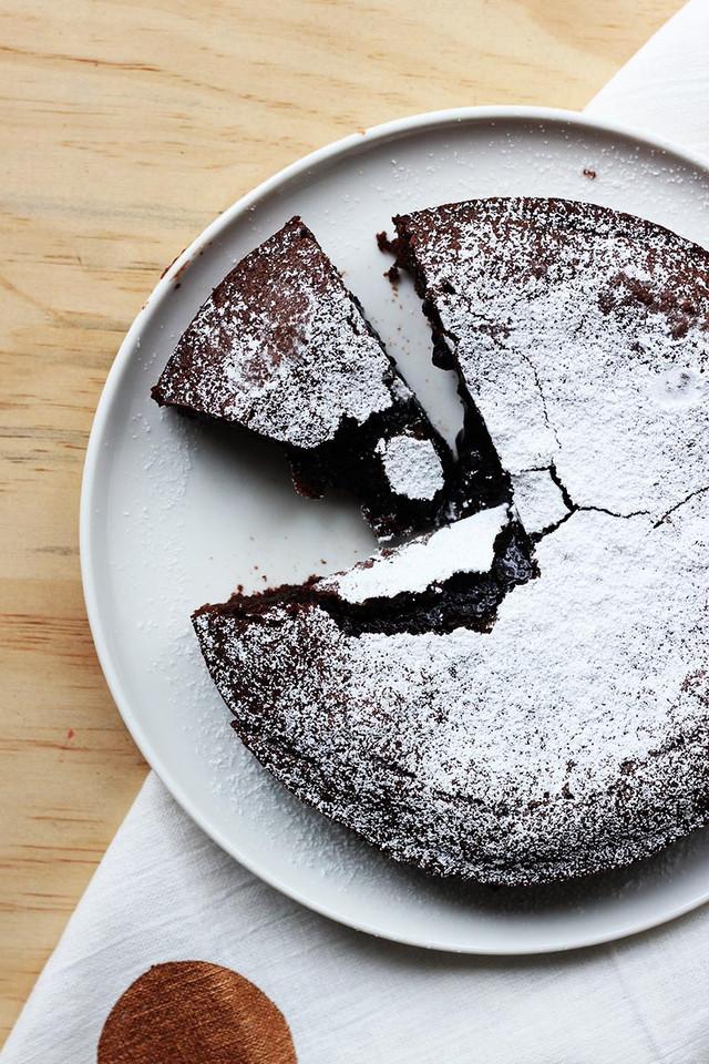 Swedish-Mocha-Cake-3.jpg