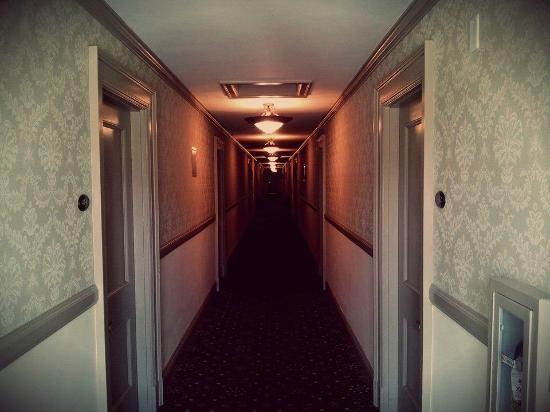 stanley-hotel.jpg