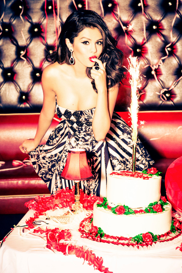 Selena Gomez98.jpg