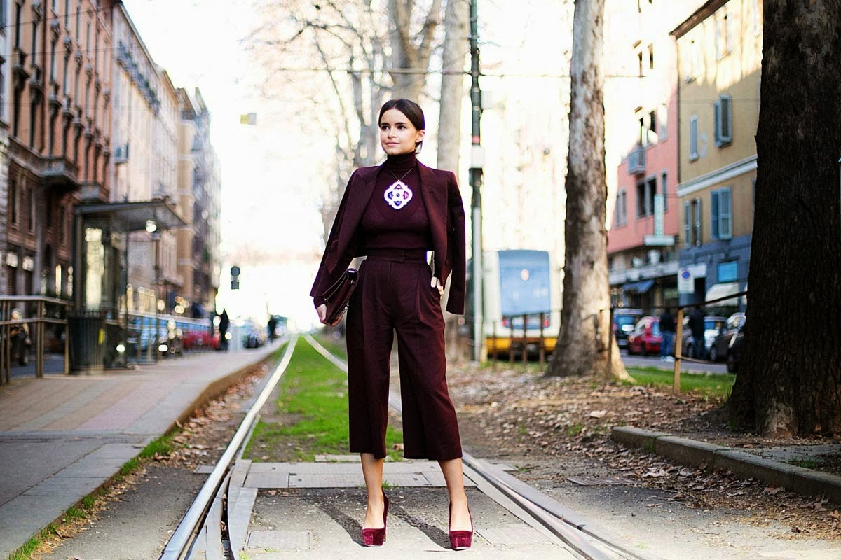 Miroslava-Duma-Street-Style-culottes-pants-trouser