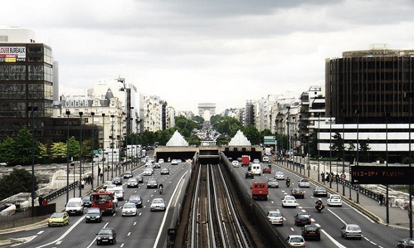 paris-traffic-1559882.jpg