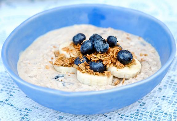 oatmeal_blue-00821.jpg