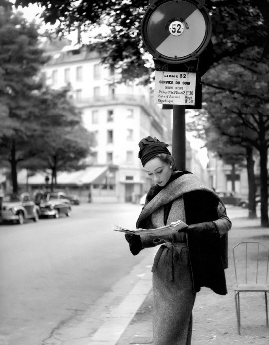 Sophie Litvak photographed by Georges Dambier 1952