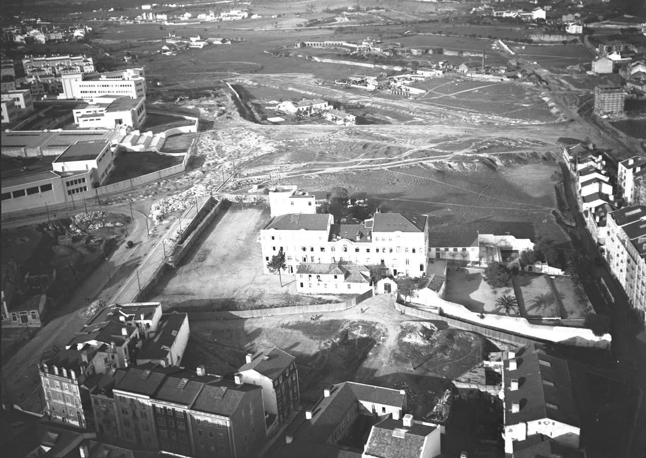 Fotografia aérea dos terrenos que circundam o ins