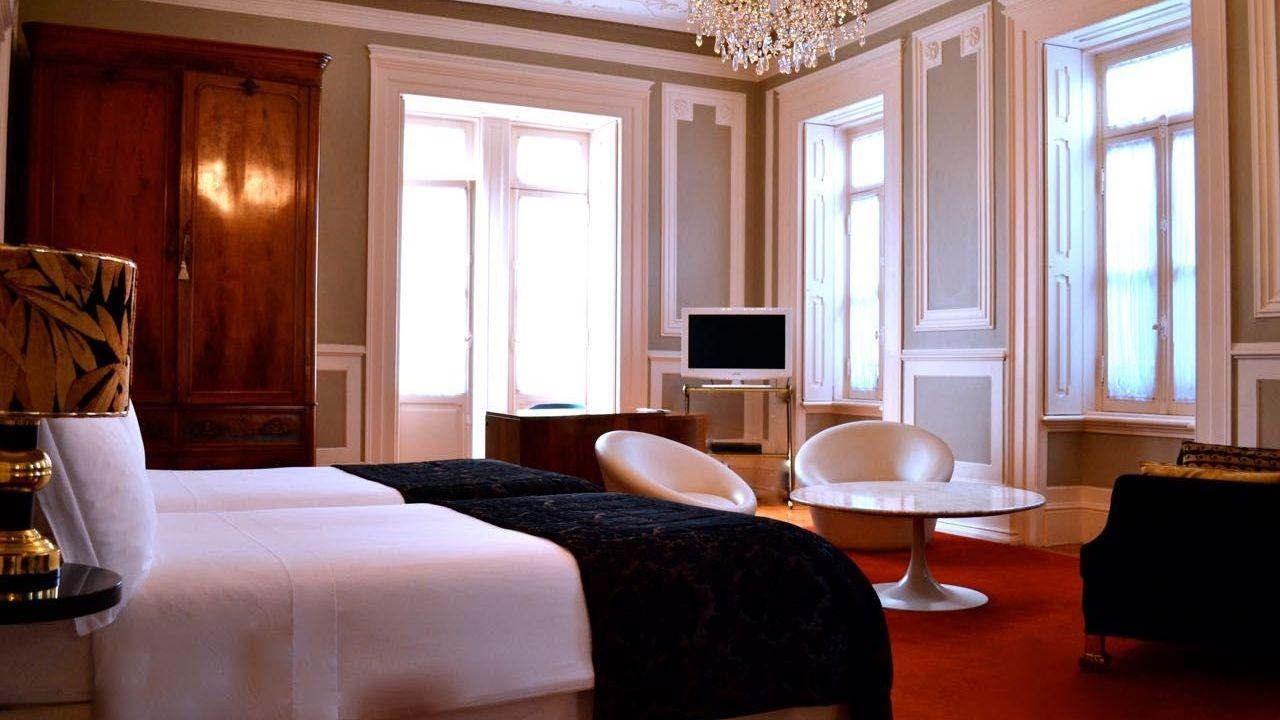 palacete-chafariz-del-rei-gallerysonya_lrg.jpg