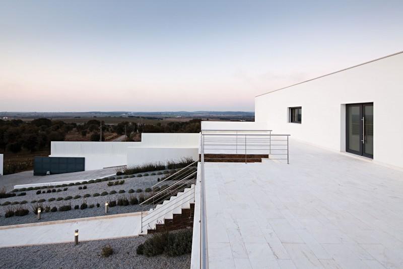 Ribatejo-House-03-800x533.jpg