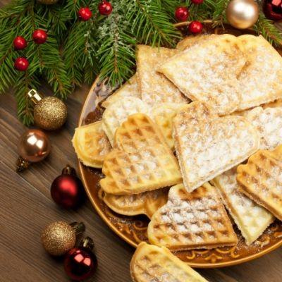c1dfc493cb990ccfa97d402fca034d3c_christmas-waffles