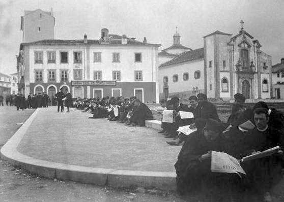Notícias, praça da vila (S.l, s.d.)