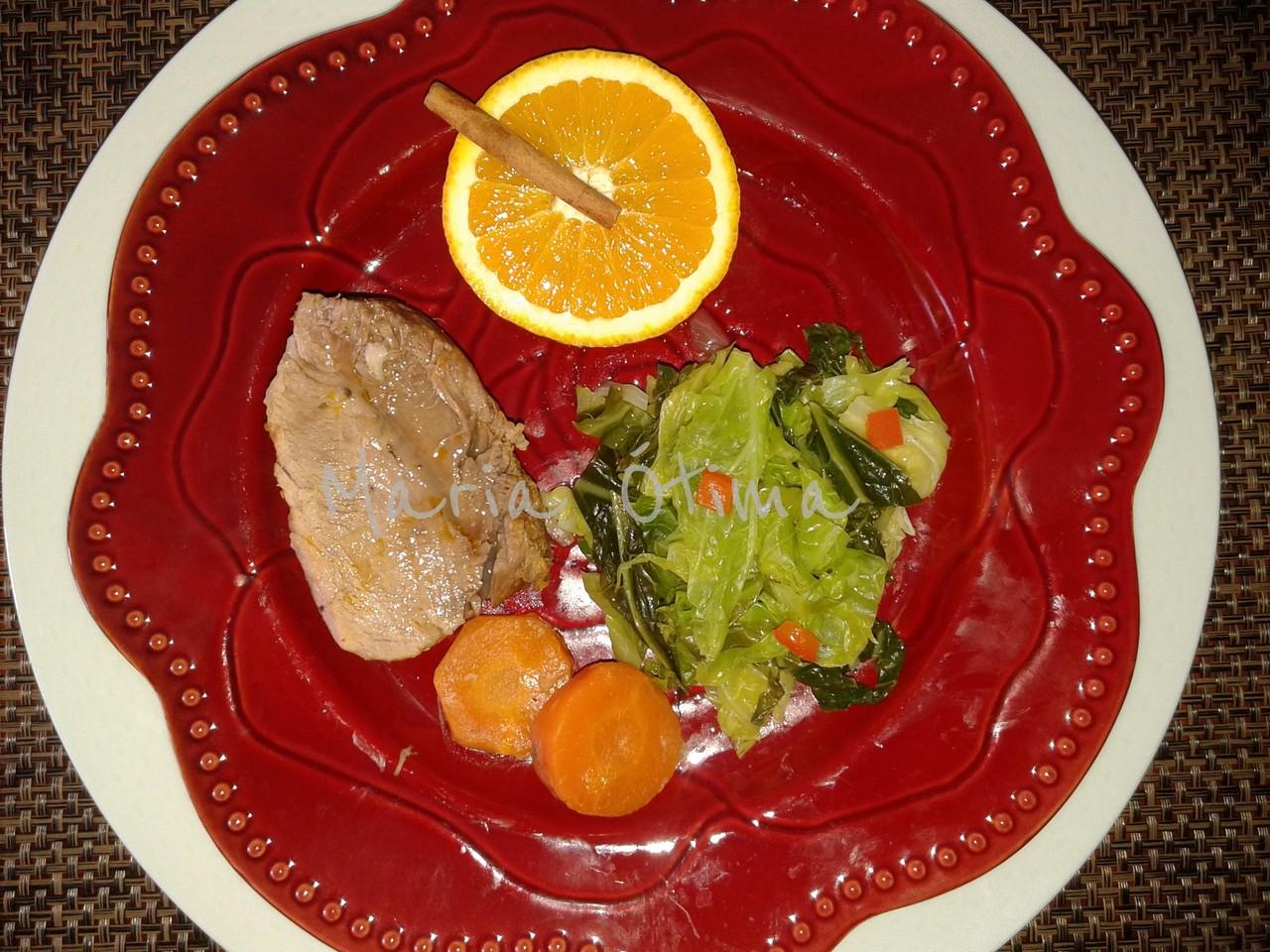 Carne de porco com laranja e canela.jpg