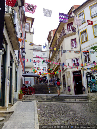 Quebra Costas em Coimbra enfeitado com renda
