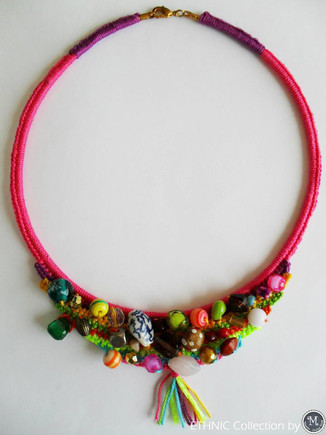 Ethnic Necklace_photo1.jpg