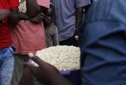 Criança mercado em Lilongwe, Malawi
