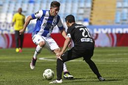 Herrera tenta passar por Nuno Piloto