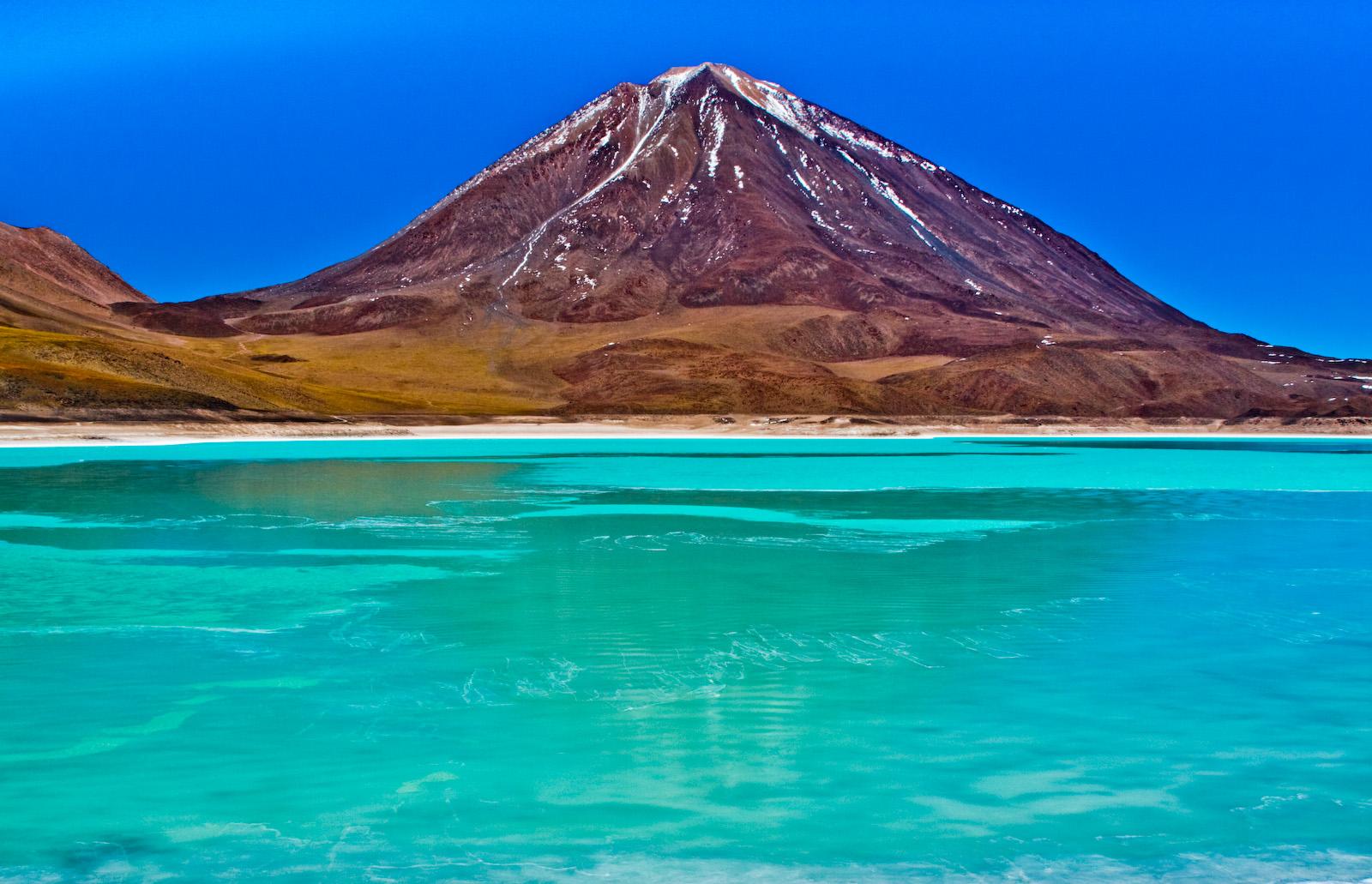 Laguna_Verde,_Bolivia.jpg
