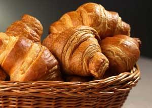 paris-croissant.jpg