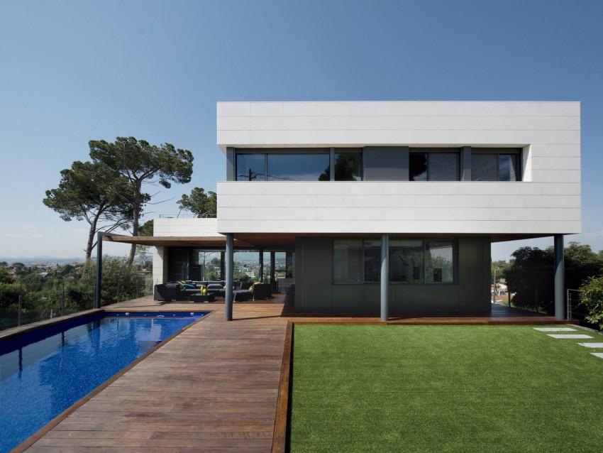 R-House-02-850x638.jpg