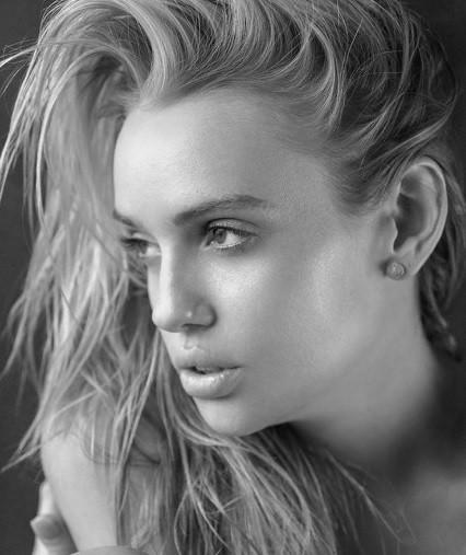 Jasmine Shogren Nude Photos 82
